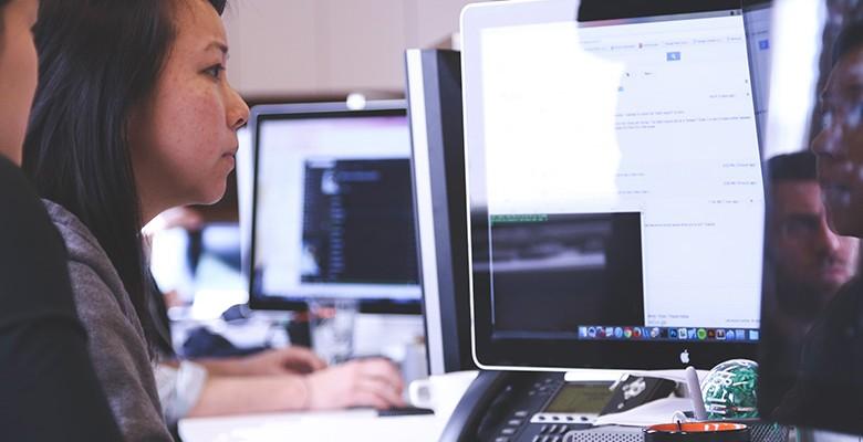 Pourquoi les entreprises utilisent-elles les logiciels de gestion commerciale ?